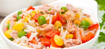 low-calorie-tuna-fish-salad-with-garlic-sauce